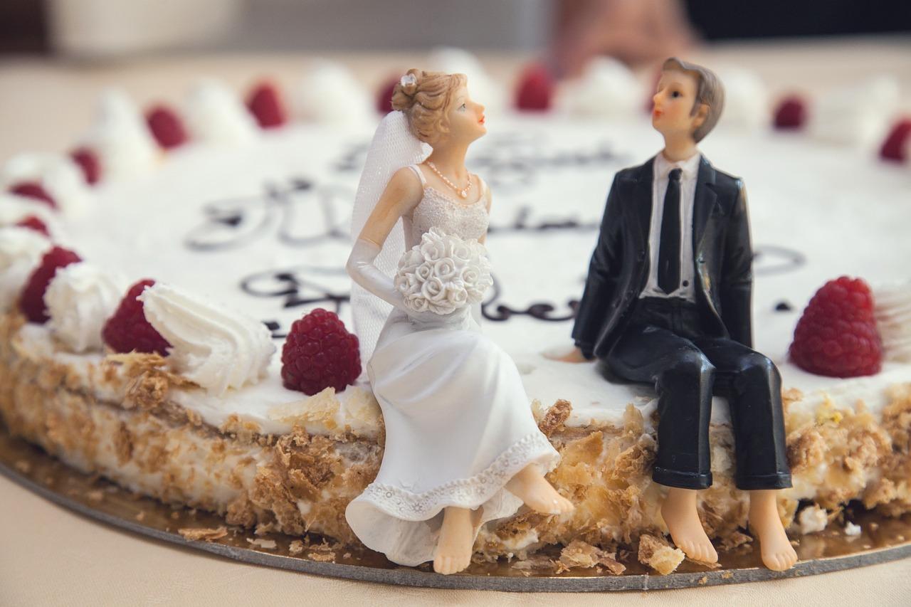 Episode 6 - No Wedding Cake At My Wedding Reception! - No Wedding ...